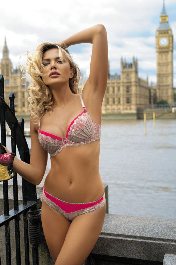 kinga-lingerie-bra-thongs-2500