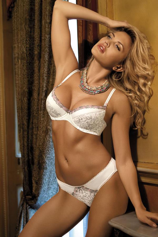 kinga-lingerie-push-up-bra-thongs-2508