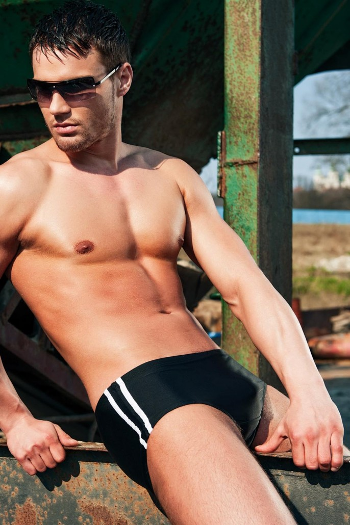 men-swim-shorts